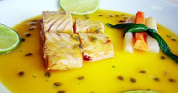 299918 peixes e curry Saiba como temperar pratos com curry