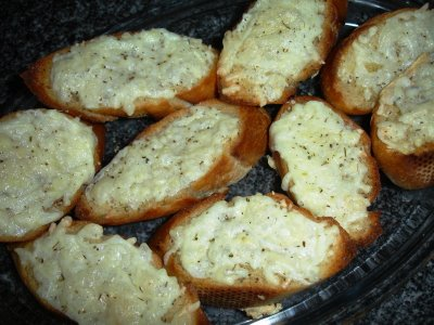 299936 pasta de alho para p%C3%A3o Aprenda a fazer pasta de alho caseira