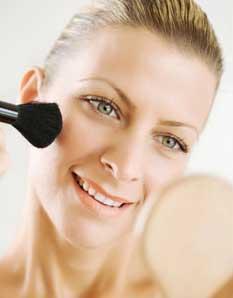 300985 maquiagemparadisfarcarrugas Truques de maquiagem para parecer mais nova