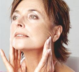 300985 saiba como evitar o aparecimento de rugas Truques de maquiagem para parecer mais nova