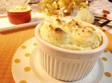 301242 sufle de queijo 2 Receita de suflê de queijo