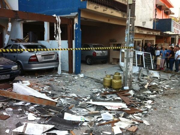 304166 explosao Explosão por vazamento de gás deixa feridos no ABC