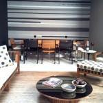 306032 parede listrada em preto e branco 150x150 Preto e branco na decoração da casa