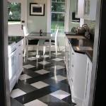 306032 piso xadrez 150x150 Preto e branco na decoração da casa