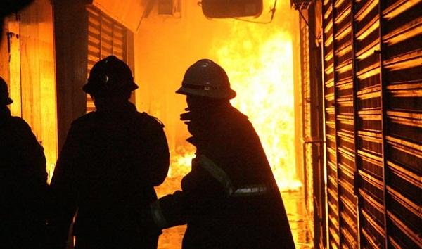 306397 incendio campogrande materia Incêndio atinge supermercado na Zona Oeste do Rio e deixa 12 feridos