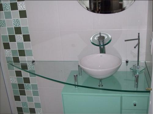 decoracao banheiro simples pequeno:31434 banheiro pequeno 2 150×150 Banheiros Pequenos Decorados