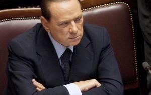 Silvio Berlusconi confirma ter aceitado renunciar ao cargo após aprovar reformas