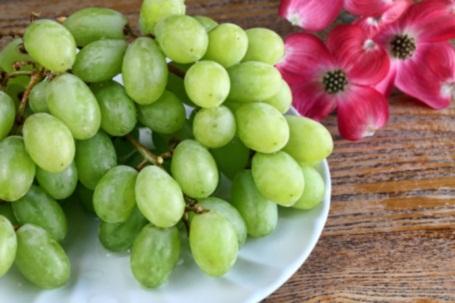 321015 uvas Conheça as frutas que combinam com o Réveillon
