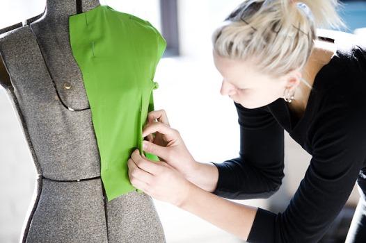32472 Cursos de Modelista de Vestuário e Costureiro Industrial SENAI 1 Cursos de Modelista de Vestuário e Costureiro Industrial SENAI