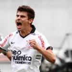 327611 alex2 150x150 Corinthians encara o Atlético Mineiro para ficar ainda mais perto do título