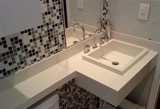 328338 banheiro com porcelanato Casas decoradas com porcelanato: dicas, fotos