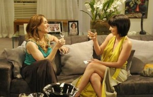 "Em ""Fina Estampa"", Tereza Cristina tenta matar Marcela sufocada"