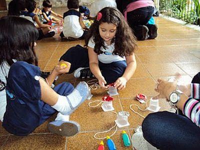 329660 Brinquedos para confeccionar com as crianças1 Brinquedos para confeccionar com as crianças