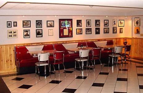 330435 Ideias criativas para decorar bares e restaurantes 1 Ideias criativas para decorar bares e restaurantes