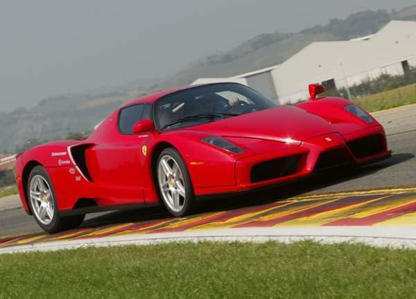 332125 Ferrari Enzo Test Drive: Ferrari é anunciado para PC e consoles