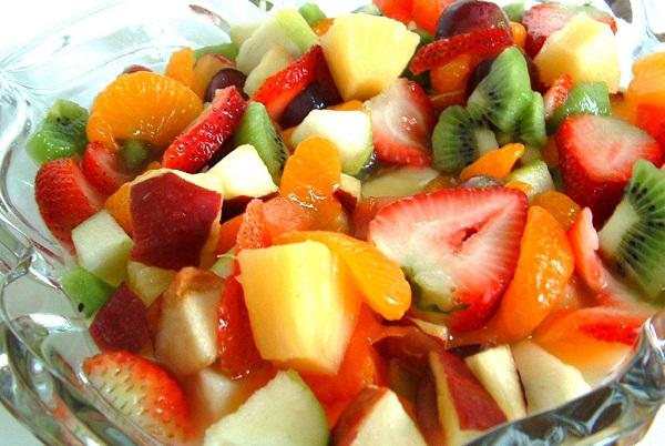 333327 salada de frutas Conheça as diversas formas de incluir as frutas na alimentação
