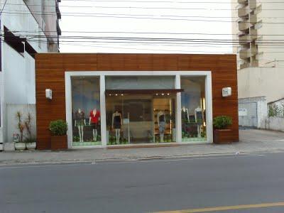 333787 loja fachadas de madeira Fachadas de madeira para casas