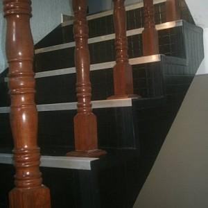 334040 pisos emborrachados para escadas 5 300x300 Pisos emborrachados para escadas