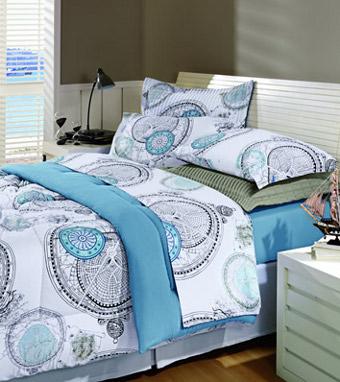339197 roupa de cama Descubra a decoração em estilo navy