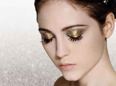 341276 5 dicas para não errar na maquiagem com glitter 1 5 dicas para não errar na maquiagem com glitter