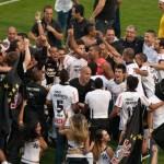 343723 corinthians 150x150 Cinco vezes Corinthians: Timão é pentacampeão brasileiro