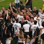 343723 corinthians2 150x150 Cinco vezes Corinthians: Timão é pentacampeão brasileiro