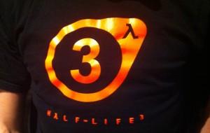 Funcionário da Valve circula com camiseta de Half-Life 3