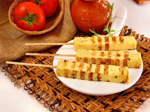347874 espetinho de queijo Veja como preparar petiscos para comer a qualquer hora