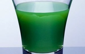 Tome os sucos que evitam estrias nesse verão