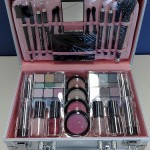 3488348251 6179d3fd25 150x150 Maleta para Maquiagem, Modelos, Preços
