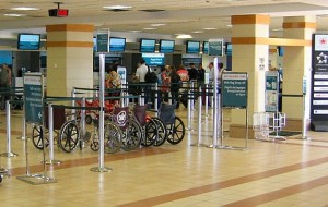 Aeroportos brasileiros vão oferecer internet gratuita e ilimitada