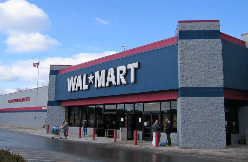 351781 tmobilewalmart Decoração de Natal em supermercados