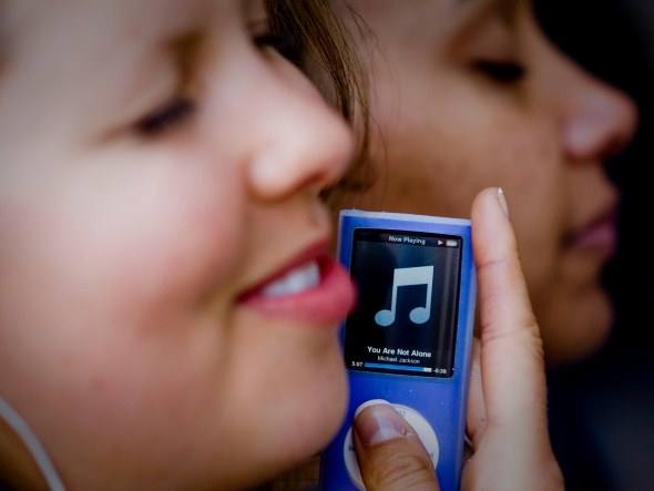 351938 size 590 iTunes Loja iTunes Store Apple no Brasil