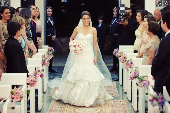 353534 noiva+sozinha As músicas mais pedidas nos casamentos