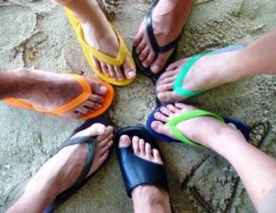 356501 areia e chinelos 2462896 Chinelos de praia