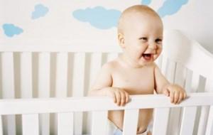 Como evitar acidentes com o berço do bebê 1