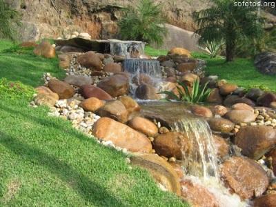 360114 Cascata de pedras 2 Cascatas de pedras na decoração