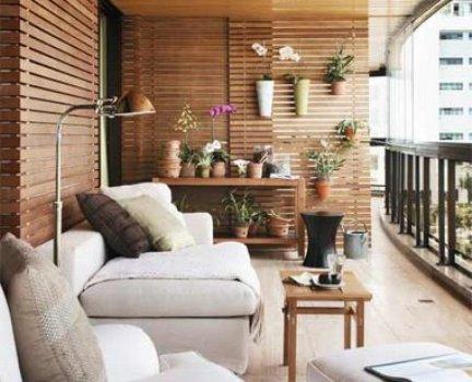 360664 Decora%C3%A7%C3%A3o r%C3%BAstica para apartamento Como decorar sacada e varandas usando cores e acessórios