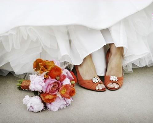 361936 s3 Sapatos coloridos para noivas