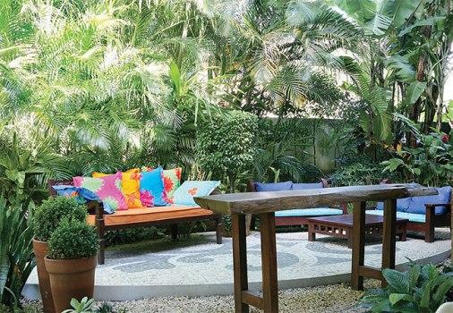 decoracao de jardim gastando pouco:364525 Como decorar área externa sem gastar muito 2 Como decorar