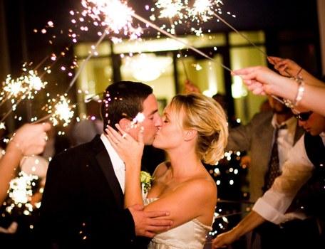 367826 Ideias divertidas para a saída dos noivos da igreja 1 Ideias divertidas para a saída dos noivos da igreja