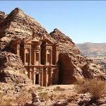 368940 petra   jordania 150x150 Os monumentos históricos mais conhecidos do mundo