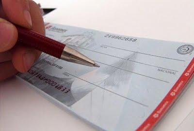 371003 cuidado com o tal%C3%A1o de cheque O que fazer em caso de cheque clonado