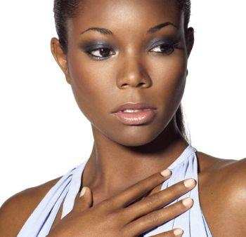 373369 pele negra Cores que combinam com seu tom de pele