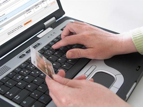 375834 comprar pela internet1 Dicas para a compra financiada de móveis
