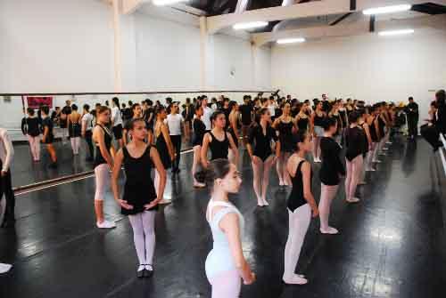 376711 cia jovem de danca  Cursos Gratuitos em São José  dos Campos SP