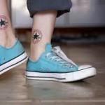 377294 paixão pelo tenis 150x150 Tatuagens estranhas e engraçadas   fotos