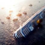 377340 fotos do naufragio do cruzeiro costa concordia na italia 3 150x150 Fotos do Naufrágio do Cruzeiro Costa Concordia na Itália