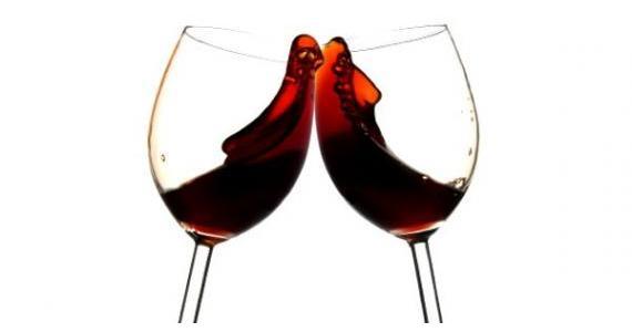 378969 vinho tinto so com carne a ciencia explica porque 1573649 2405 Mancha de vinho na roupa   como remover