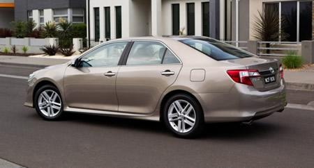 379380 toyota camry bege Novo Toyota Camry 2012